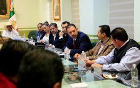 Se reúne Gobernador con Alcaldes y Diputados del PRI y PAN