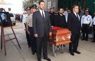 Galería de fotos del homenaje póstumo al oficial, Jesús Ahumada, por parte del Gobernador