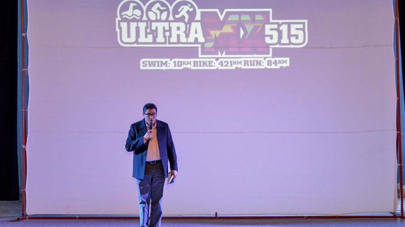 Inicia la competencia ultramx 515 con la presentación de Atletas Internacionales