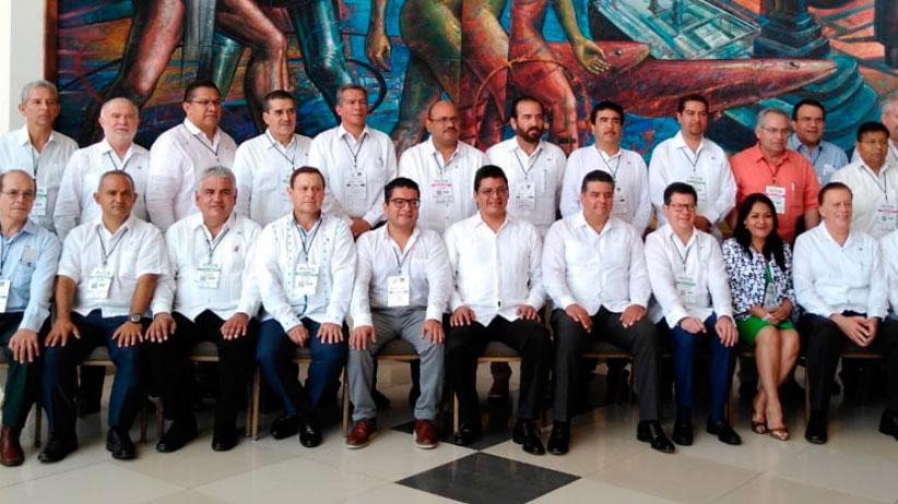 Presente Zacatecas en convención Nacional de empresas de Agua y Saneamiento