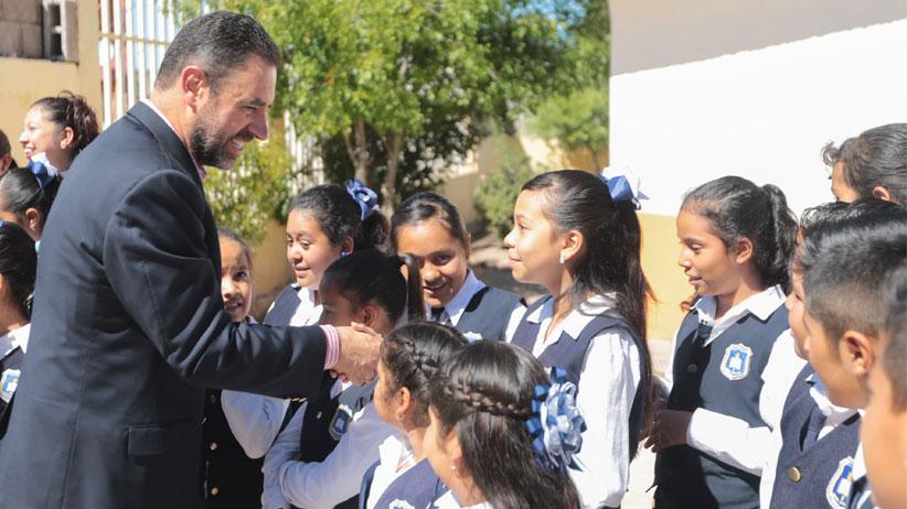 Moderniza Gobernador  planteles educativos del Noroeste de Zacatecas