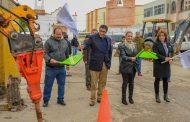Alcalde Saúl Monreal  inicia pavimentación en calles Emiliano zapata y segunda de duranguito.