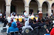 Miguel Torres busca fomentar la lectura entre los jóvenes