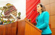 Solicita licencia Soralla Bañuelos