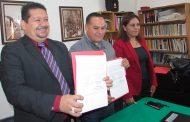 Pinos firma convenio para profesionalización de Servidores Públicos del Municipio
