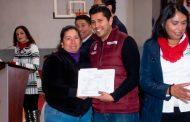 Premia SEDIF a ganadores del Concurso Dibujando una Historia de Migración