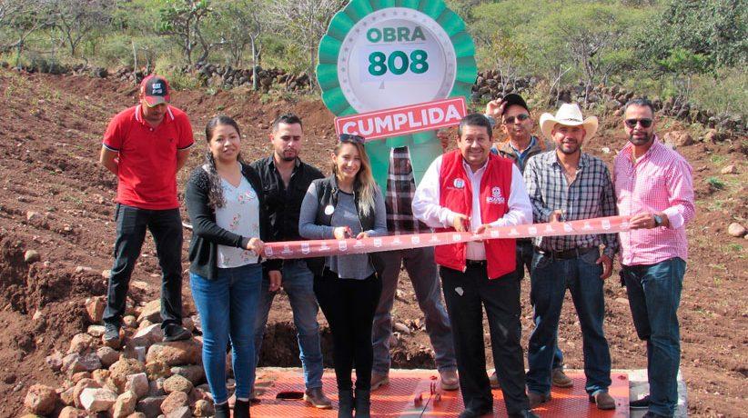 Trinidad García de la Cadena recibe beneficios a través de Más de Mil Obras para Zacatecas