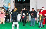 Miguel Torres inaugura pista de hielo en Villanueva
