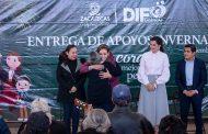 Entrega DIF en Guadalupe Apoyos Invernales para niños y adultos mayores