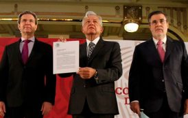 Jefe del Ejecutivo firma iniciativa de reforma constitucional en materia educativa