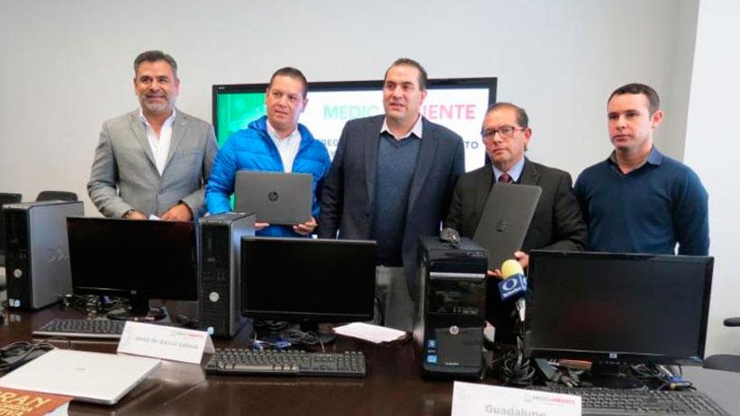 Entrega administración estatal equipo de cómputo a municipios