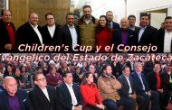 Alejandro Tello con miembros de la organización civil Children's Cup y el Consejo Evangélico del Estado de Zacatecas -Video-