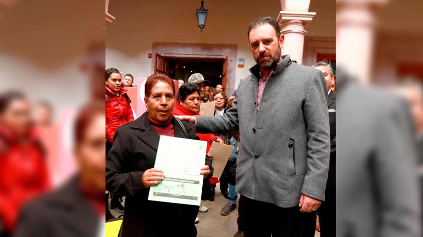 Reunifican Gobernador Tello y Clubes Migrantes a más de 100 familias Zacatecanas