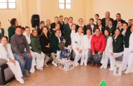 Celebra Herminio Briones el Día de las Enfermeras.
