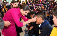 Entrega Gobierno del Estatal lentes a estudiantes de la capital zacatecana