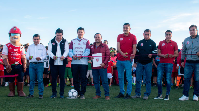 Julio César Chávez lleva deporte integral a las comunidades