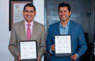 Julio César Chávez firma acuerdo para beneficiar a 26 mil Guadalupenses