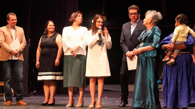 Conmemora Gobierno Estatal Día de la Mujer con radio teatro