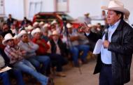 Presenta David Monreal Crédito Ganadero a la Palabra en zona norte de Zacatecas