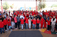 Entrega Gobierno de Zacatecas uniformes escolares en Vetagrande