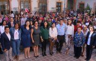 Julio César Chávez genera condiciones para el empoderamiento de la mujer