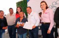 Reciben Familias Pinenses programas y servicios del Gobierno de Zacatecas