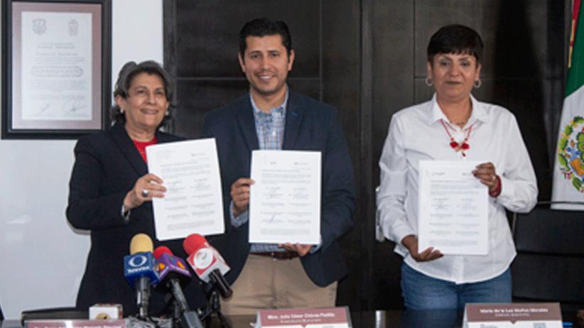 Lleva Julio César Chávez superación académica a trabajadores de Ayuntamiento de Guadalupe