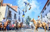 Alcalde de Guadalupe Presente en la Tradicional Quema de Judas