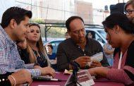 Atiende Julio César Chávez Peticiones en El Salero