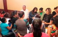 Secretaria de las Mujeres atiende a mujeres de Chalchihuites
