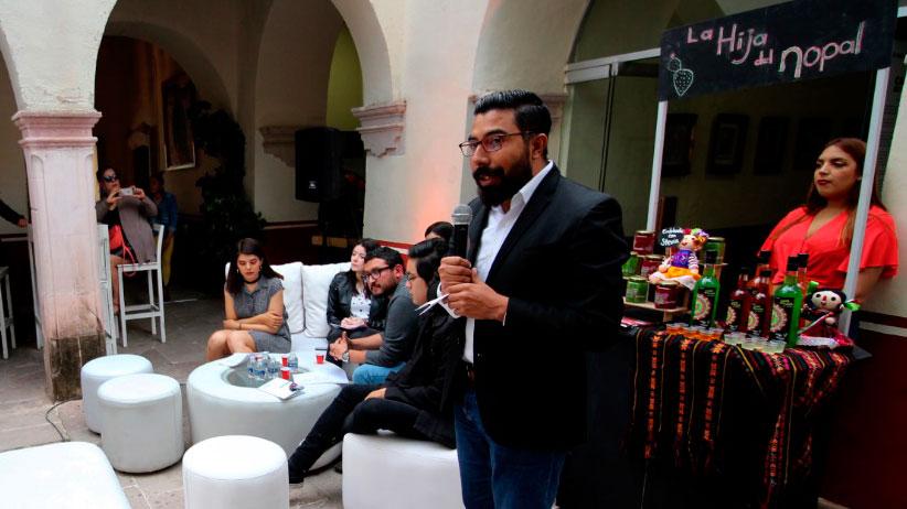 Realizan Primer Encuentro Juvenil Poesía y Mezcal Zacatecano en Guadalupe