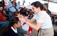 Reciben 300 estudiantes de Villa de Cos apoyo de lentes del programa Ver Bien para Aprender Mejor