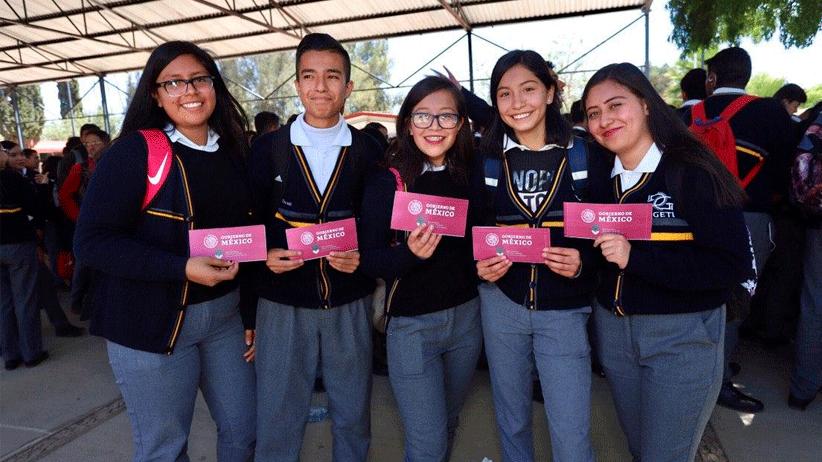 Inicia la entrega de Becas Benito Juárez a estudiantes de bachillerato