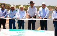 Se beneficia Pinos con nuevos caminos, carreteras, infraestructura educativa y equipo agrícola