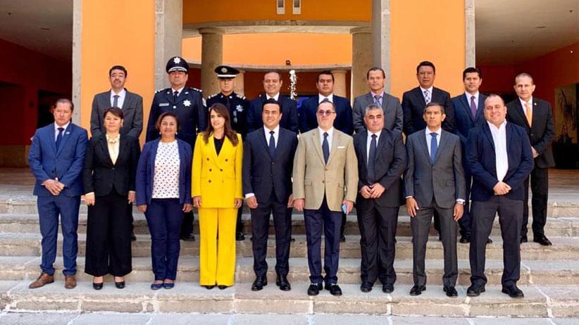 Participa Julio César Chávez en Foro Regional de Seguridad