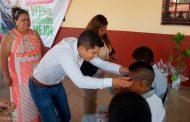 Benefician a 187 estudiantes de secundaria de Apulco y Nochistlán con lentes gratuitos