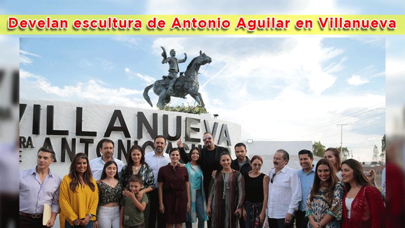 Video: Develan escultura de Antonio Aguilar en Villanueva