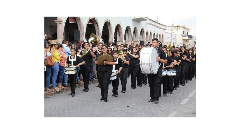Desfile de Bandas Sinfónicas recorre las principales calles de Villanueva