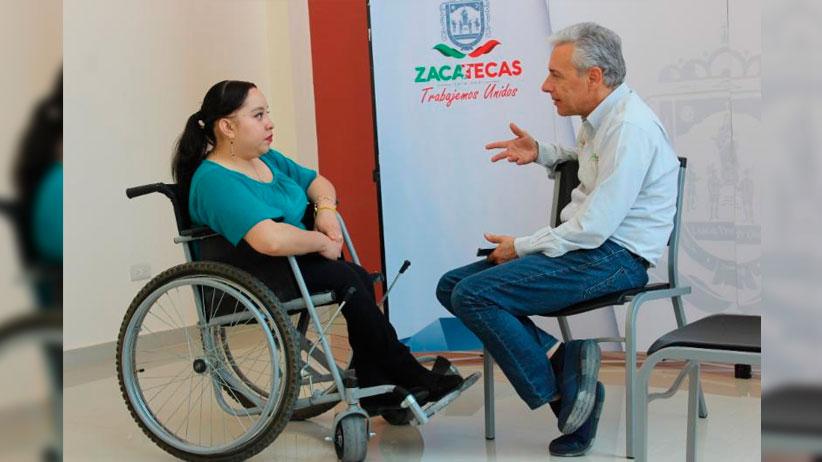 Atiende director del COZCYT a docentes y estudiantes de Francisco R. Murguía y Miguel Auza en audiencia pública