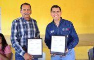 Trejo Quiroz firma convenio con el IZEA