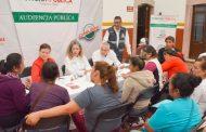 Atiende Paula Rey Ortiz a la población de Cuauhtémoc en audiencia pública