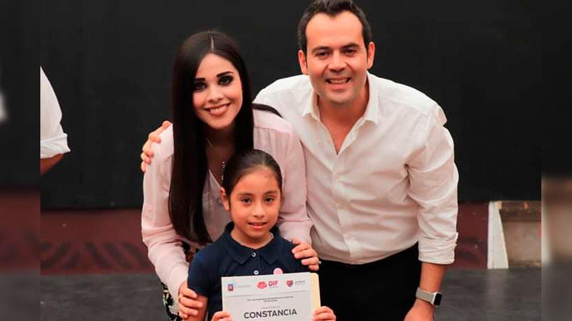 Promueve Ulises Mejía talento Zacatecano a través de sus centros sociales