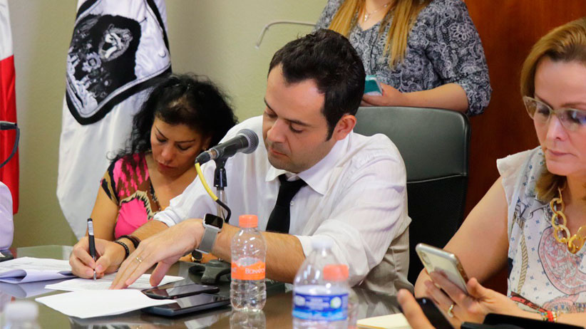 Gobierno de Ulises Mejía aprueba por unanimidad la prohibición de productos desechables en la capital