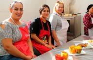 Ofrecen centros UNE cursos en artes y oficios para emprender proyectos