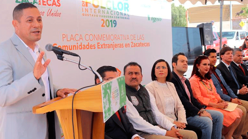 Develan placa conmemorativa a la comunidad extranjera que radica en Zacatecas