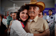 """""""Este domingo, salgamos a votar para recuperar al partido"""": Ivonne Ortega a militantes priistas."""