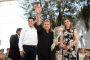 Corona Julio César Chávez a reina de adultos mayores de Guadalupe