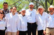 Propone Ulises Mejía estrategia turística integral con alcalde de los cañones