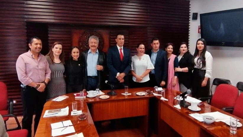Márquez Vera comparece ante legisladores