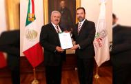 Nombra Alejandro Tello a nuevos servidores públicos en la secretaria de educación